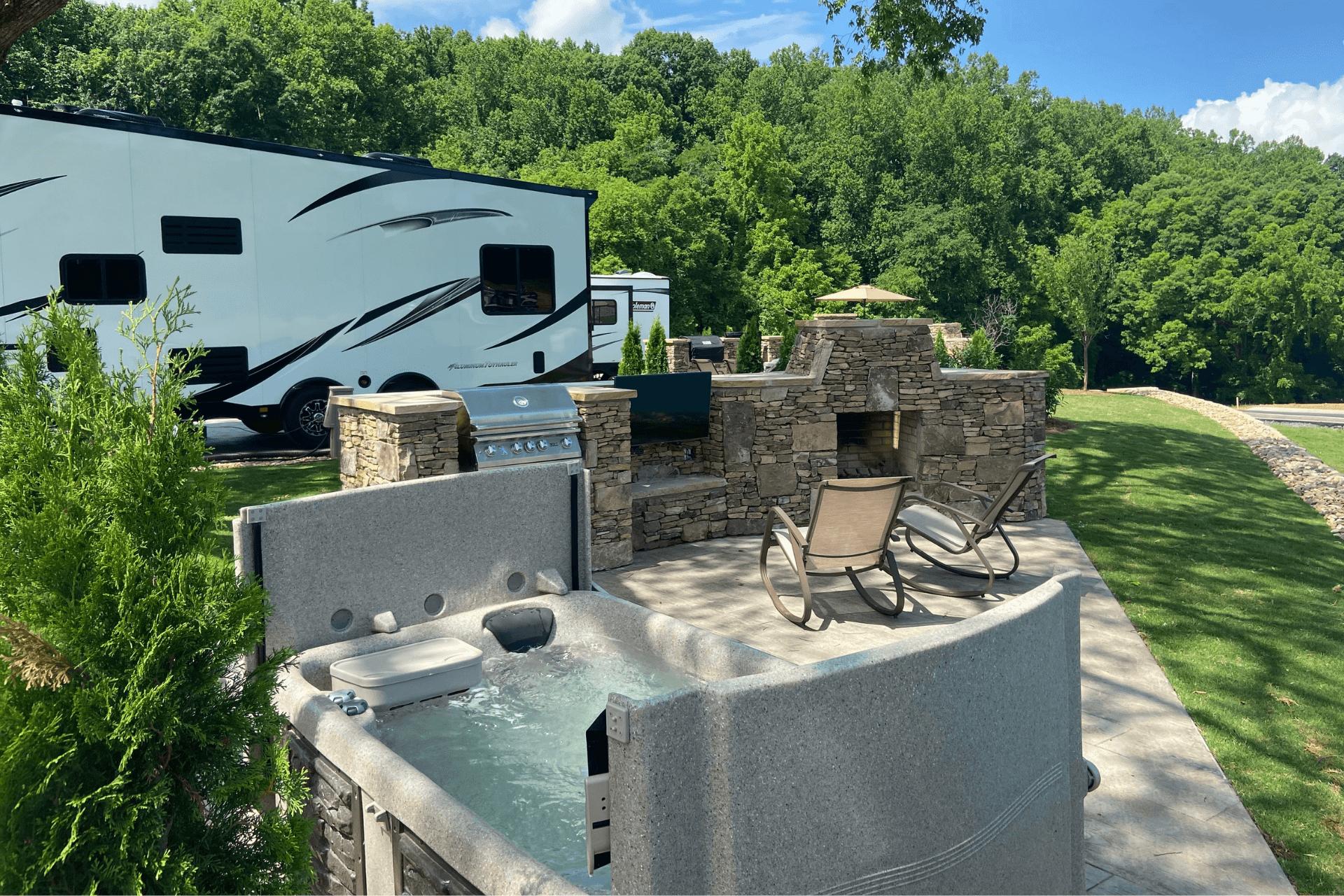 Luxury Signature Sites at The Ridge Outdoor Resort